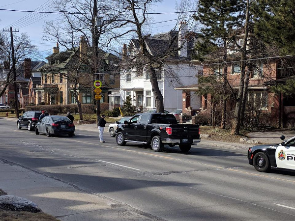 Three-car collision on Aberdeen between Queen and Locke on March 22, 2018 (Image Credit: Ryan McGreal)