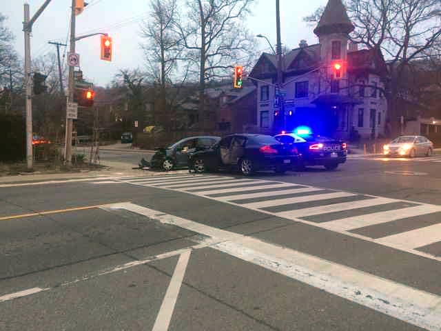 Collision at Aberdeen and Queen this morning (Image Credit: Tadhg Taylor-McGreal)