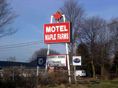 Motel Maple Farms