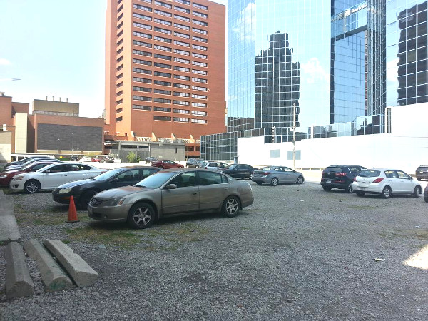 Cars parked at 28-32 James Street South