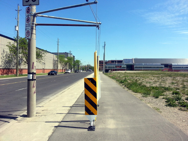 Half-assed off-street bike lane on Longwood between Aberdeen and Frid (RTH file photo)