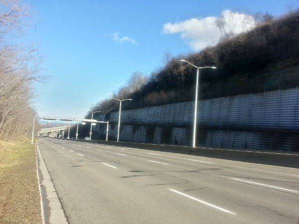 Claremont Access during evening rush hour (RTH file photo)