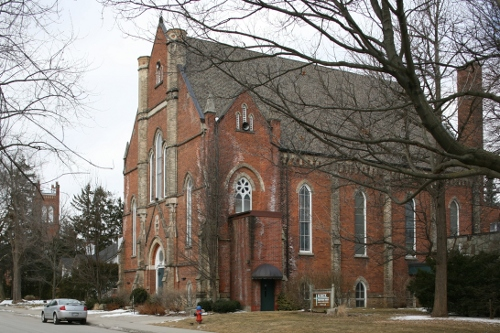 Fig. 1. Dundas, Knox Presbyterian Church, exterior from SE - note the tower of St Augustine's Roman Catholic Church in the background at left.