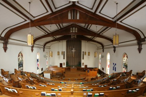 Fig. 8. Dundas, Knox Presbyterian Church, interior to N from gallery.