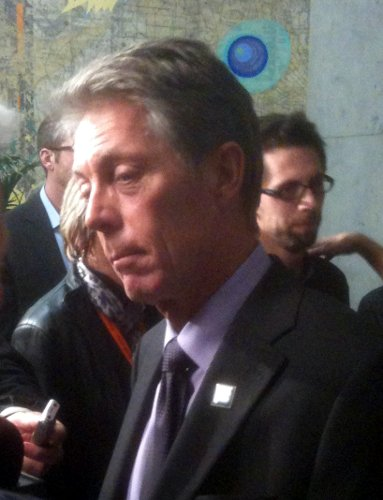 Eisenberger answers a question (Image Credit: Jason Leach)