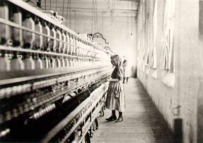 Girl worker in Carolina cotton mill, 1908 Photo Credit: masters-of-photography.com)