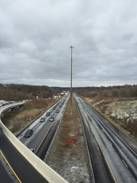 Looking east on Hwy 403 from King Street (Image Credit: Mark Fenton)
