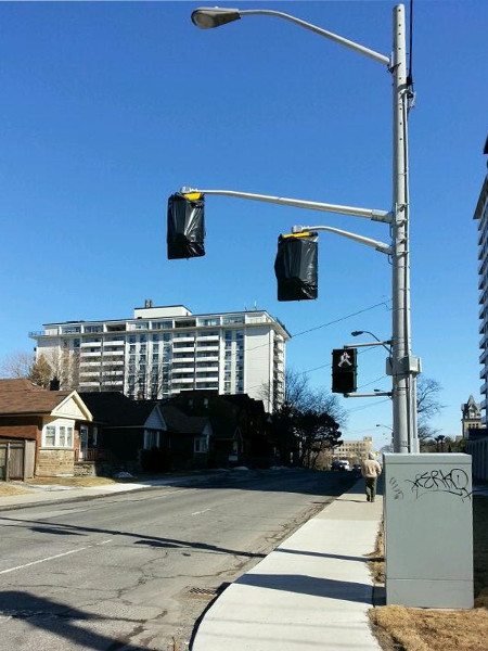 Contraflow traffic lights have been installed on Hunter Street since March (RTH file photo)