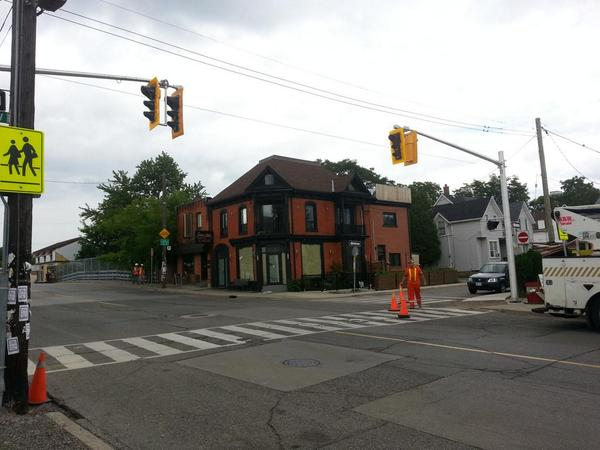 Pedestrian-activated crosswalk on Locke at Hunter