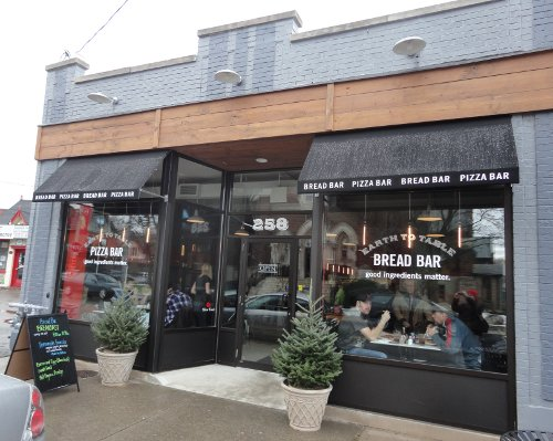 Several restaurants, like Earth to Table Bread Bar, have opened in recent years (RTH file photo)