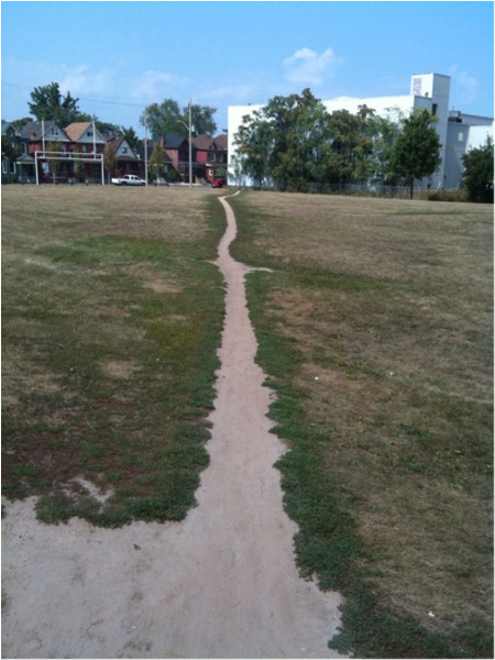 Desire path through Woodlands Park
