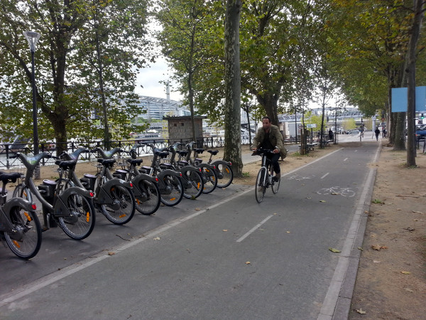 Velib' station near Gare d'Austerlitz, Paris (RTH file photo)
