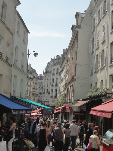 Paris: Pedestrian-only street in the Latin Quarter (RTH file photo)