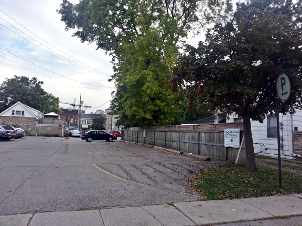 Easy access to King Street via alley and off-street municipal parking that meets King just east of Miller's Lane