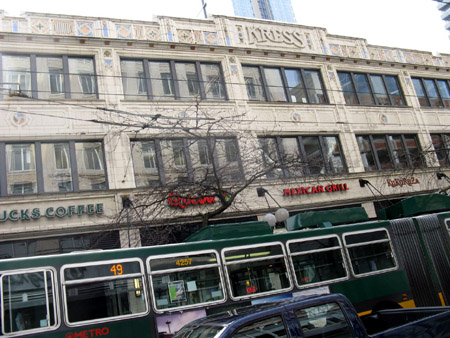 A gorgeous old building with an electric articulated bus. How I long for electric buses in Hamilton - they are so quiet when passing by.