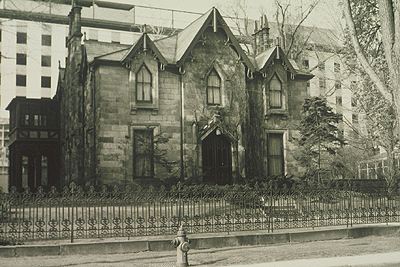 Fig. 15: Ambrose house [Hamilton Public Library, Special Collections, Arthur Wallace]