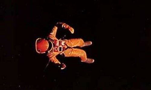 2001 Astronaut Floating  Pics about space