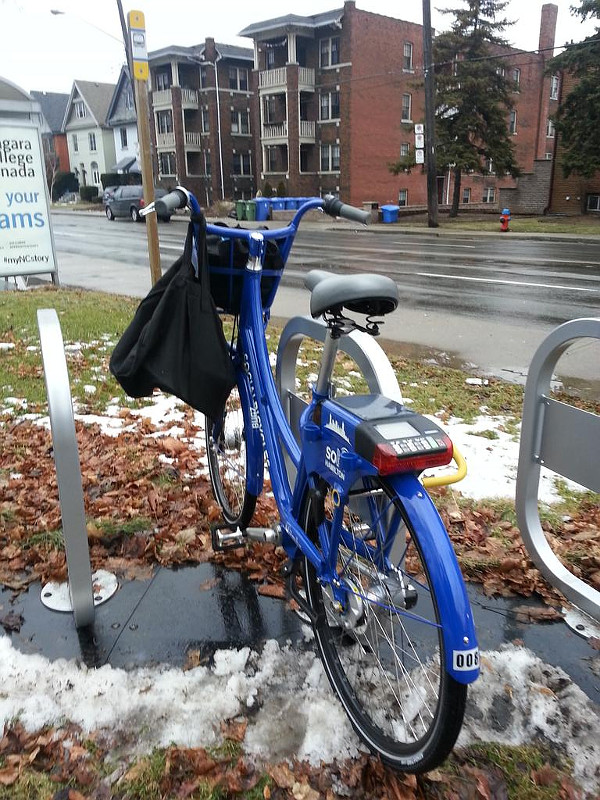 Bike returned to hub at Aberdeen and Queen