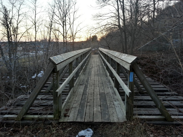 Wooden footbridge over Sydenham Creek just below Sydenham Falls