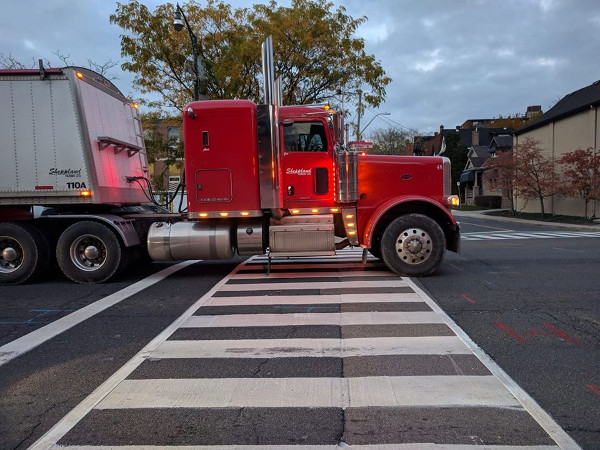 Transport truck completely blocking crosswalk on Main at Pearl, November 7, 2017