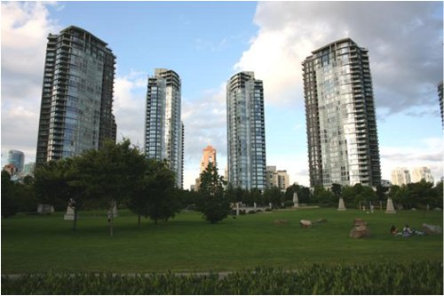 High density development on the North Shore of False Creek with an attractive urban park (George Wainburn Park).